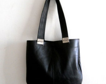 ON SALE Black  leather bag , Every day leather bag,  tote with black straps and hinges