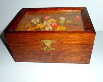 Vintage Wooden Trinket Jewelry Keepsake Box with Shadowbox Style Glass Top