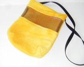 Sugar Glider, Bonding Pouch, Yellow Fleece, Zipper Closure, Ventilation Screen, Small Animal Pouch, CooperStudios
