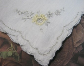 Pretty Vintage Ladies Handkerchief Gift for Bride