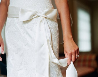 "Off White Diamond White  2"" 50mm Matte Ribbed Ribbon Taffeta Wedding Gown Sash"