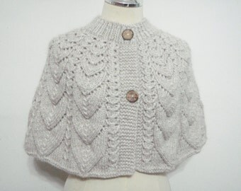 Knitting Cream Capelet