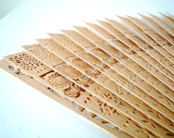 Vintage Japanese Etched Bamboo Fan / SALE