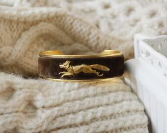 Women's Velvet Cuff Bracelet - Brown Fox
