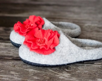 Grey felted slippers with coral flowers sheep wool home shoes wool clogs women shoes embroidered shoes Mother day gift handmade to order