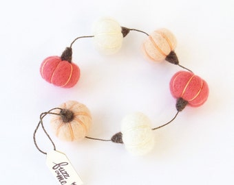Pink pumpkin garland : needle felted miniature pumpkins - peach, white, coral pink, fall, autumn decor