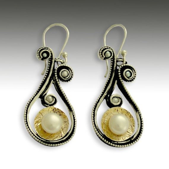 Pearl gold earrings, Sterling silver earrings, silver gold earrings, dangle earrings, pearl earrings - Little secrets - E2152G