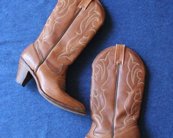 25% OFF SALE Size 7 / 1970's Cowboy Boots / Copper Brown / Wooden Stacked Boots / Stompin Boots / Canadian Made / Brown Leather Cowboy Boots