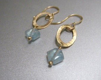 Aquamarine Drops Hammered Link Solid 14k Gold Earrings