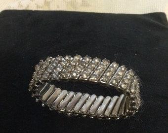 Lovely Expandable Rhinestone Bracelet
