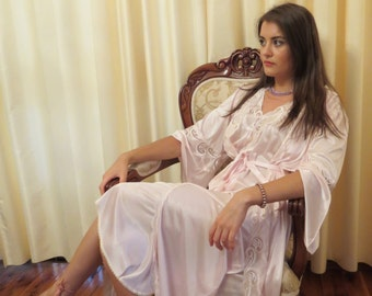Vintage 80s 2 Piece Fiancé Wedding Night Honeymoon Pale Pink Lace Long Nightie Night Gown and Robe Lingerie Negligee Set