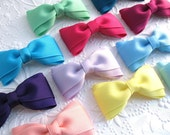 Set of 5 Girls Hair Bows, Hair Clips, Tuxedo Bows, Toddler Bows, Choose Your Colors, Variety Pack, Bow Clips for Little Girls, Simple Bows