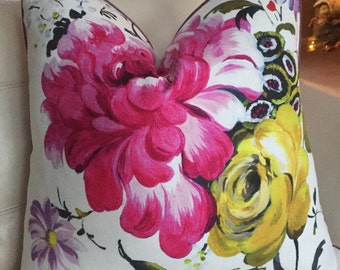 """Designers Guild Amrapali print in Peony - 22""""X22"""" - Pattern on the front"""