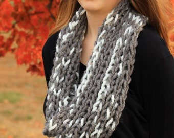 Chunky Cowl-Chunky Scarf-Christmas Gift Ideas-Knit Scarf/Cowl-Infinity Scarf Gray and white cowl