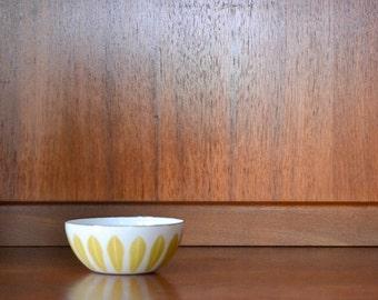 "vintage midcentury modern enamel 4"" cathrineholm lotus bowl"