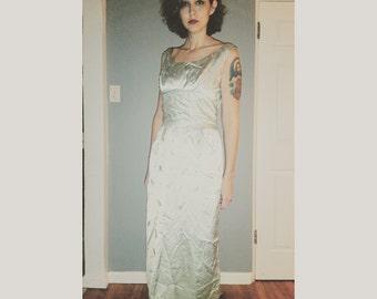Beautiful light Green Mint Elegant 1950s Pearl embellished Dress Gown