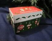 CHRISTMAS FILE ~  CARD LiST vintage retro RECiPE BOx bells OHiO ARt tin metal