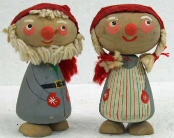 Adorable Vintage Kitsch Gnome Elf Troll Wooden Folk Art Santa and Mrs. Claus Hand Painted Wood Figurines ATCTTEAM Christmas
