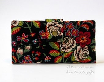 Handmade women wallet  - classic floral - handmade and vegan - custom wallet - gift ideas for her - Vera Bradley - limited fabric
