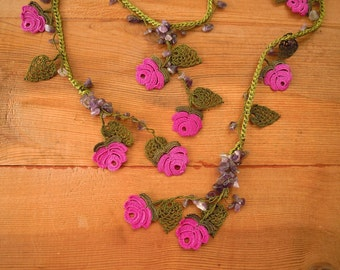lariat necklace, crochet rose, turkish oya, green leaf, violet flower