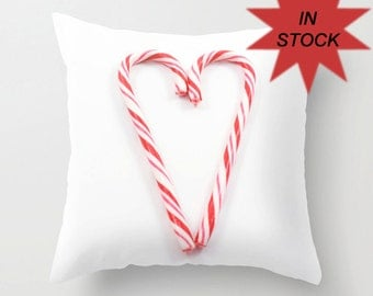 Red Christmas Pillows, Holiday Heart Cushion Case, Modern Home Design, White Living Room Decor, Red Daybed Accent, Handmade Gift for Mom