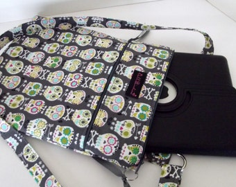 Dollbirdies Padded Zipper Pocket IPAD Case, Kindle, Reader, Tablet Case, IPad bag