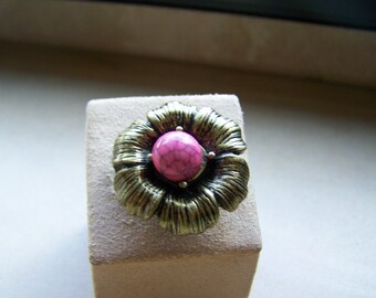 Large Flower Pink Stone Ring Size 7