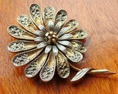 DAMASCENE PIN Brooch Filigree Flower signed ART vintage 1950s 1960s really pretty