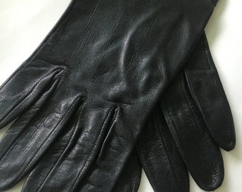 Womens Driving Gloves - black leather gloves - vintage soft leather gloves