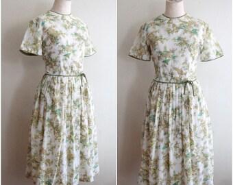 Vintage 1950s Toile Print Dress