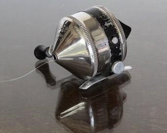 Vintage All Metal Zebco 33 Fishing Reel