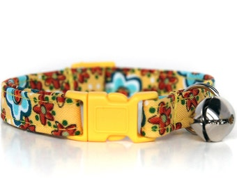 Cornflower,, Yellow Floral Cat Collar, with yellow breakaway buckle