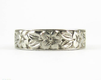 Vintage Floral Wedding Ring, Hand Engraved Orange Blossom Flowers Wide 18 Carat White Gold Band. Circa 1960s, Size O / 7.25.