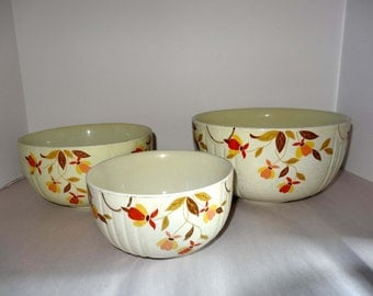 Autumn Harvest Set of Three Stacking Serving Bowls Home and Garden Kitchen and Dining Serve Ware Tableware Bowls
