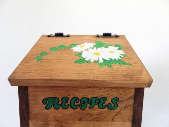 recipe box,wooden recipe box,daisy decor,daisy kitchen decor,recipe storage,storage for recipes,daisy kitchen, gifts for mom,recipes