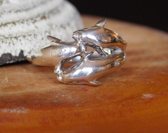 Sterling Silver Dolphin Ring Size 7