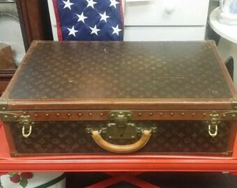 Vintage Authenticate Louis Vuitton Suitcase c1915-1920