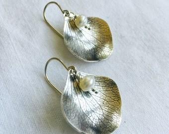 Hydrangea and Pearl earrings