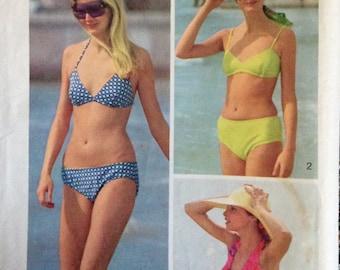 Vintage Pattern Retro Every Body Bikini 1973 Medium Size 12-14 Two Piece Bathing Halter Top Suit