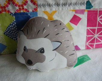 ORGANIC FABRIC DIY Sew-Your-Own Hedgehog Soft Sculpture/Mini Pillow