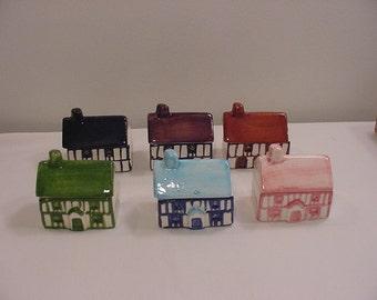 Six Vintage Ceramic Lego Taiwan Houses   15 -  103