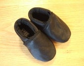 basic black soft soled leather baby shoes 3-6 months mud turtles and more