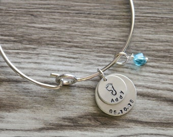 Mom Bangle, Personalized Birth Date and Name, First Mom Gift, New Mom Gift, Gift for Grandmother, New Baby Bangle Gift, Newborn Personalized