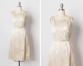 vintage 1950s dress / 50s wiggle dress / 1950s star dress / Étoile Blanche dress