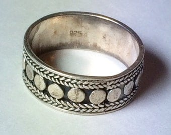 Vintage Unisex Sterling Silver Heavy Textured Balinese Style Cigar Band Oxidized Ring Twisted Rope Wheat Spots Dots Circles Design Size 10