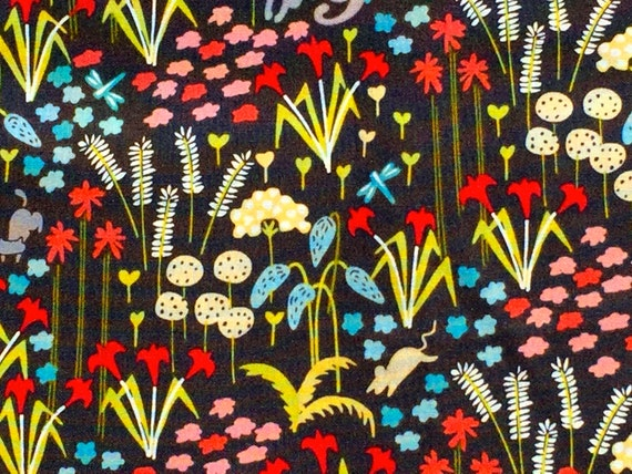 Backyard Garden flowers charcoal Elizabeth Olwen Cloud9 organic fabrics  FQ or more