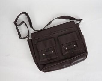 brown vegan leather large messenger bag 90s vintage faux leather laptop book satchel shoulder bag