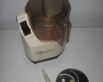 REGAL La MACHINE II Electric Food Processor Work Bowl Lid Plunger Stem Slicing Shredder Blade
