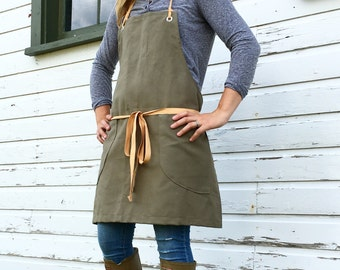 New autumn 2016 Canvas Utility Apron made to order allow 7-10 business days