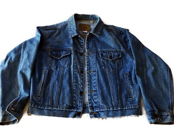 Vintage  Gap Men's Jean Jacket.  Large Denim Classic Blue
